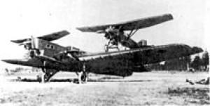Zveno-1: Tupolev TB-1 og to Tupolev I-4 Under vingerene